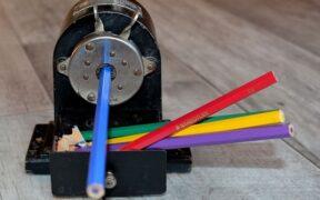 【文房具マニア監修】電動鉛筆削りのおすすめ10選|プロが選ぶのはコレ!