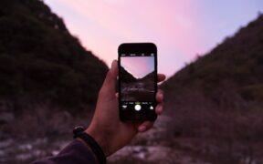 プロのカメラマンが使うおすすめのカメラアプリ&人気ランキング10選